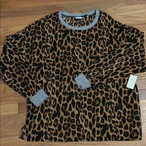Crescent Drive long sleeve leopard print top NWT